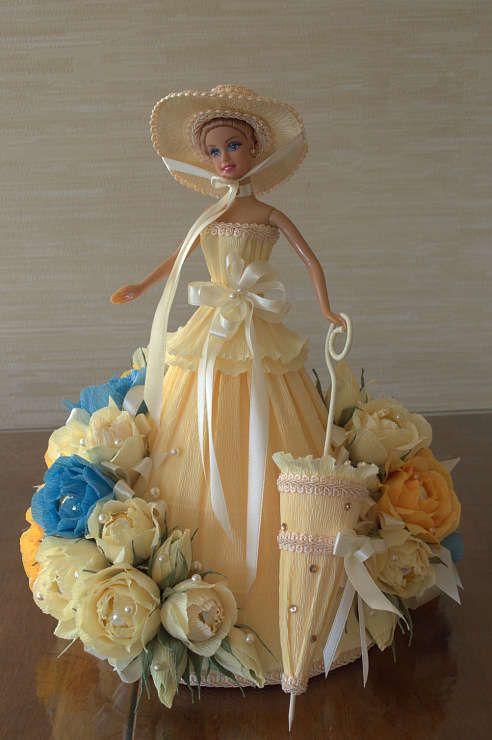 Букет-кукла из конфет своими руками