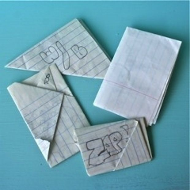 The original text message: | 50 Things That Look Just Like Your Childhood