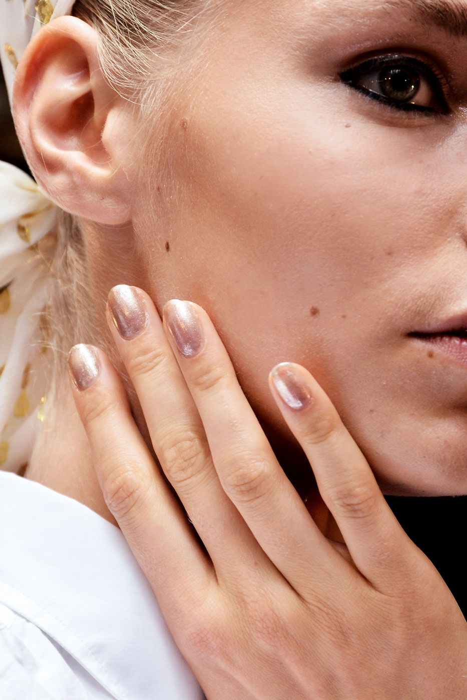 The 13 Coolest Nail Ideas for Spring 2016 | Pastels, Makeup and Gold ...