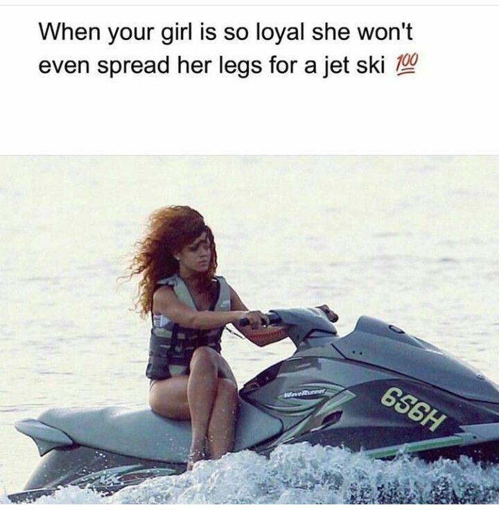 Pin By Princess Kelly On Queening Rihanna Legs Jet Ski Rihanna