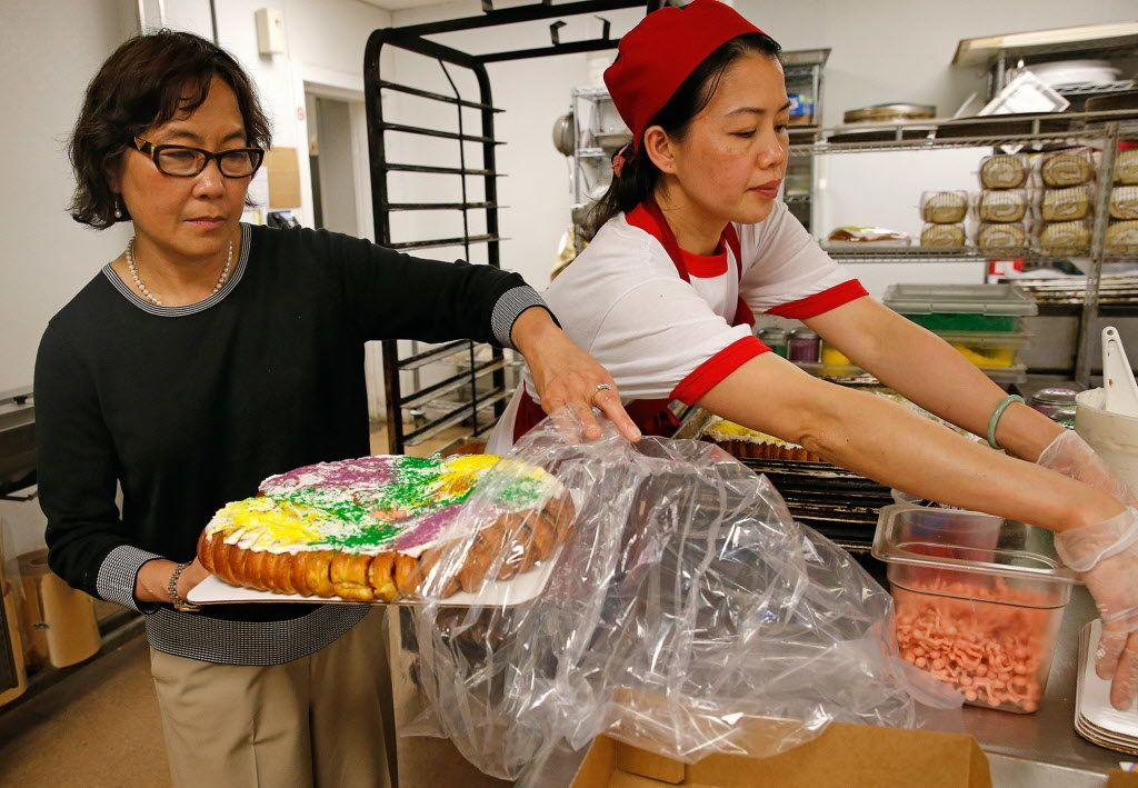 Dong phuong bakery wins james beards americas classics