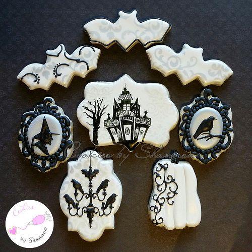 Elegant black and white Halloween set