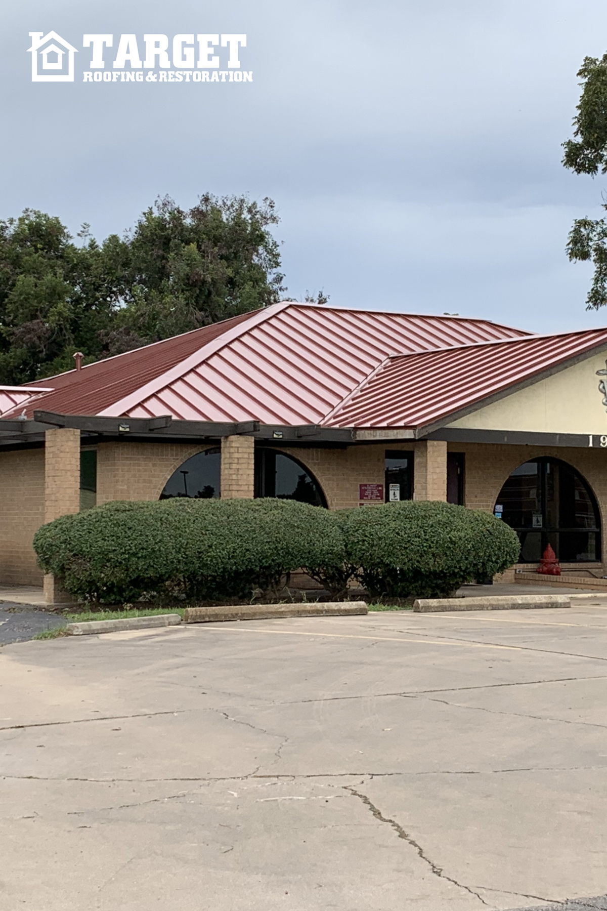 Finished Roof Gallery Target Roofing Residential And Commercial Roofing Services Houston And S In 2020 Metal Roof Commercial Roofing Roofing