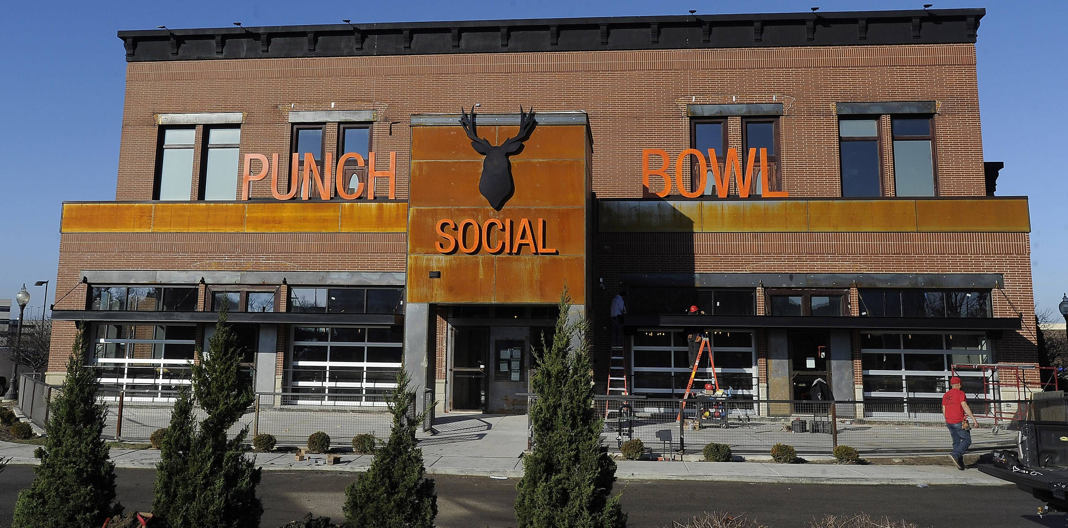 Punch Bowl Social To Open In Schaumburg Saturday Punch Bowls Bowl Schaumburg