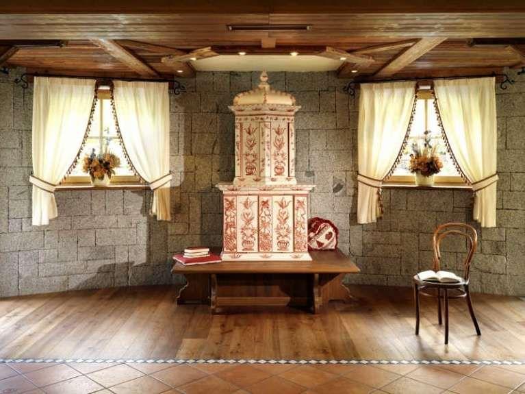 Arredare il soggiorno in stile tirolese stufe antiche