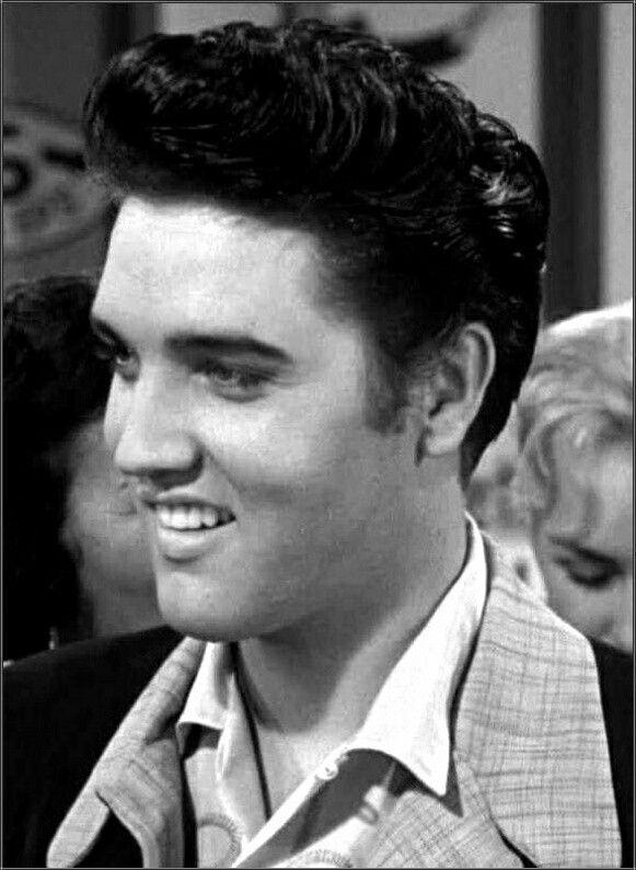 Mesmerizing Elvis Presley Photo Shoot 1957  Elvis En 2019 -8902