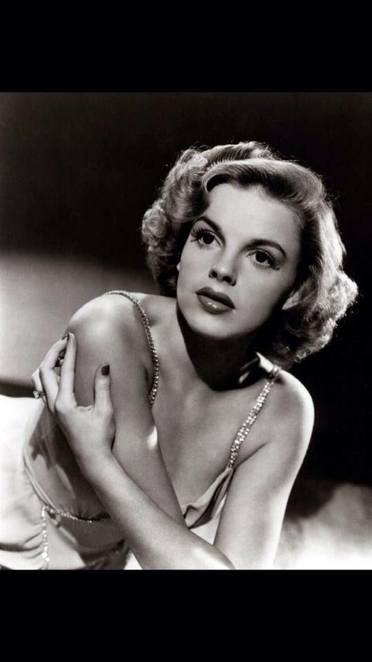Judy Garland...beautiful ❤️