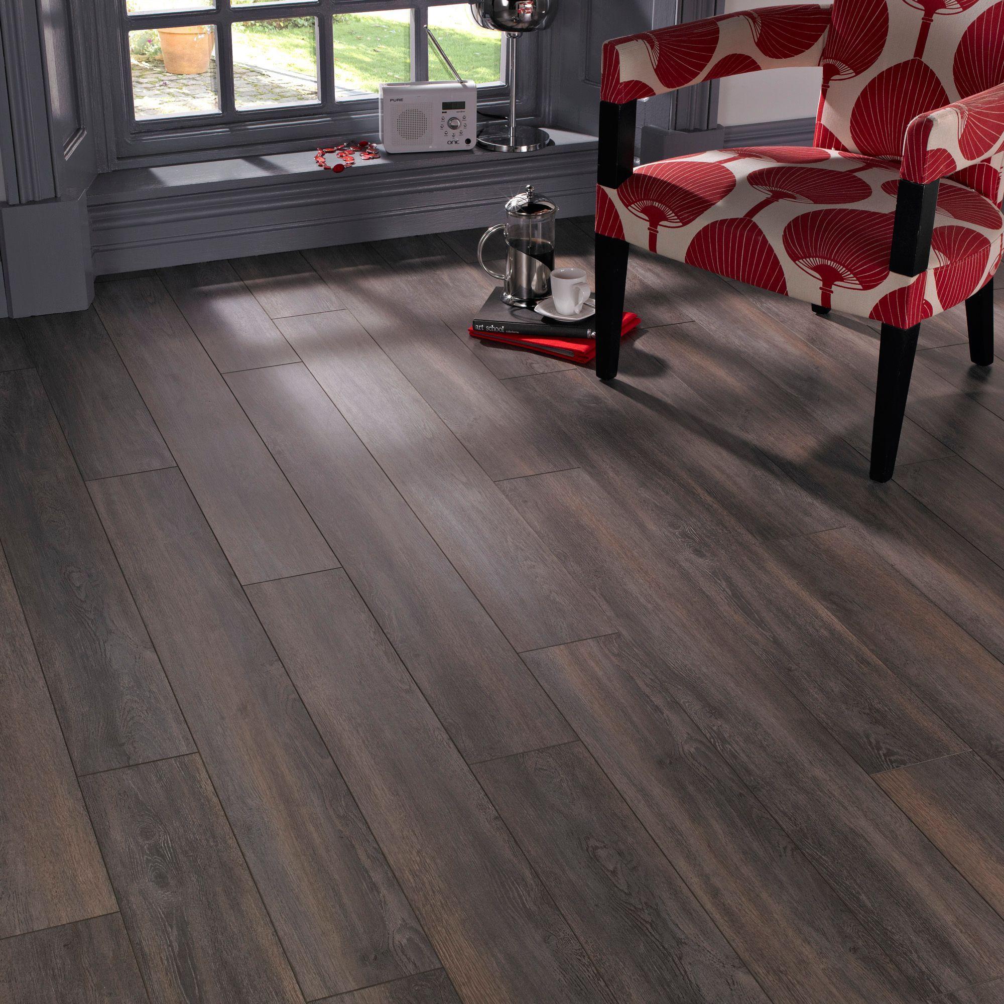 Bq Kitchen Laminate Flooring Belcanto Seville Spruce Effect Laminate Flooring 2 Ma2 Pack Dark