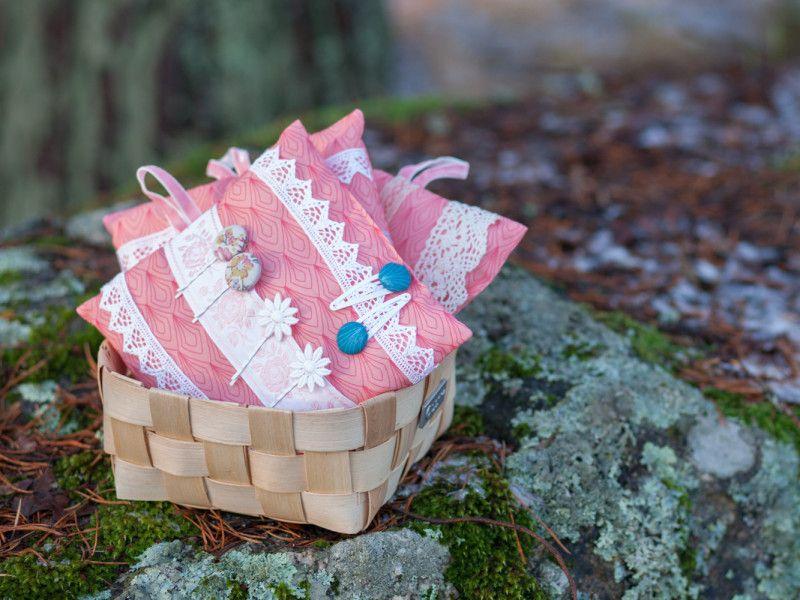 Poutapukimo #pink #roosa #pinnityyny #pinnit #hiukset