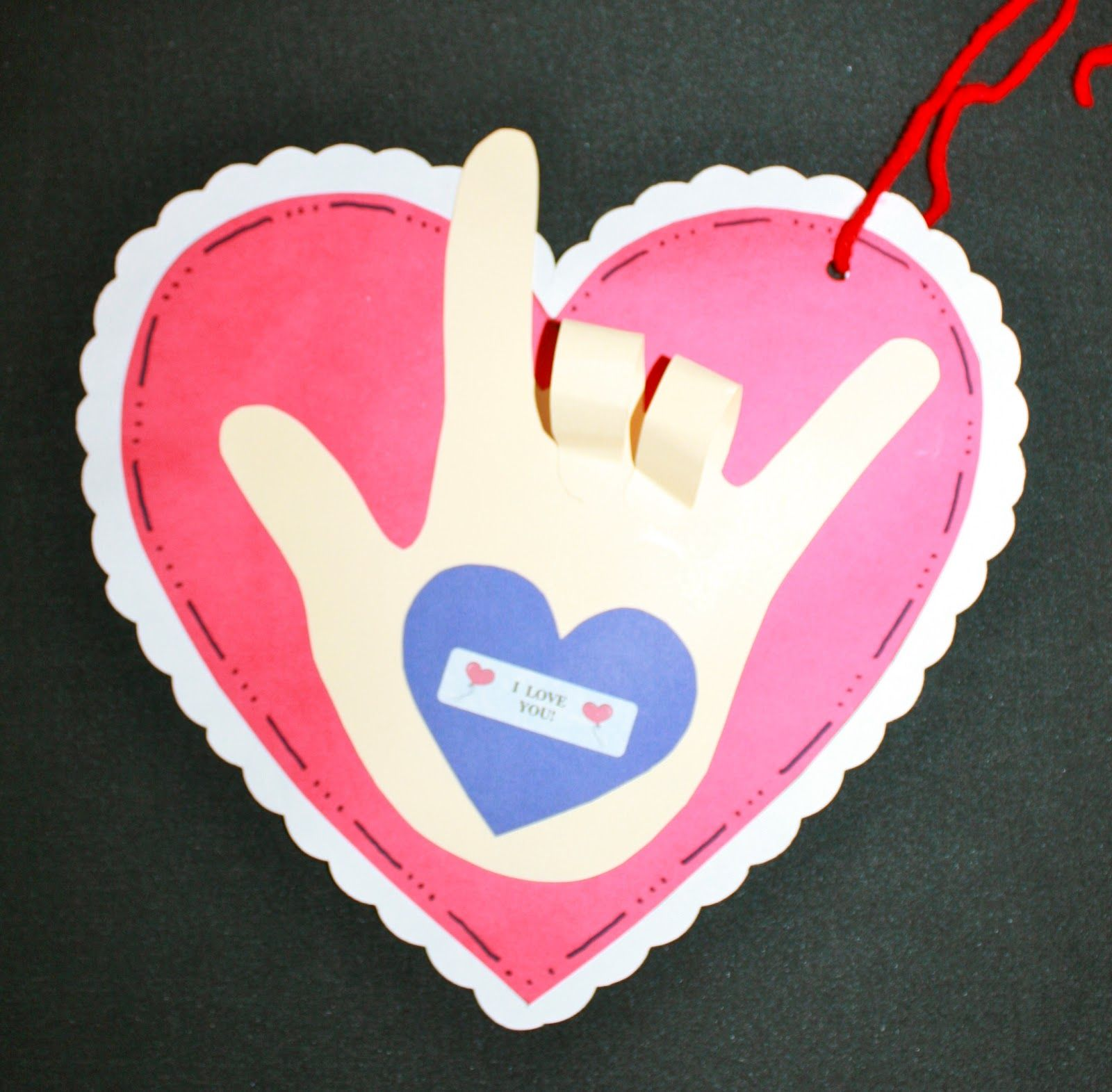 Classroom Freebies: Activities For The Kissing Hand