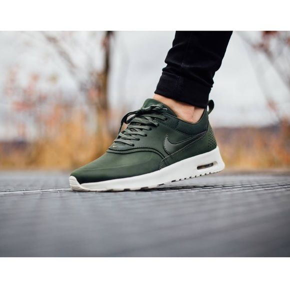 Women's Nike Air Max Thea Prm Leather Brand new with box but