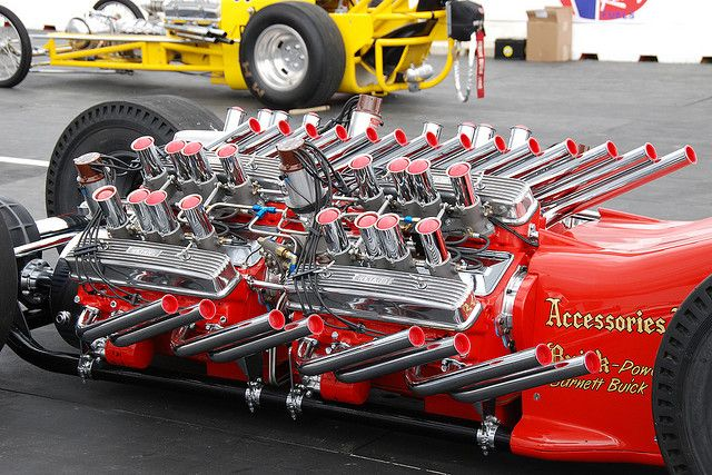 TV Tommy Ivo's 4 Nailhead engine monster