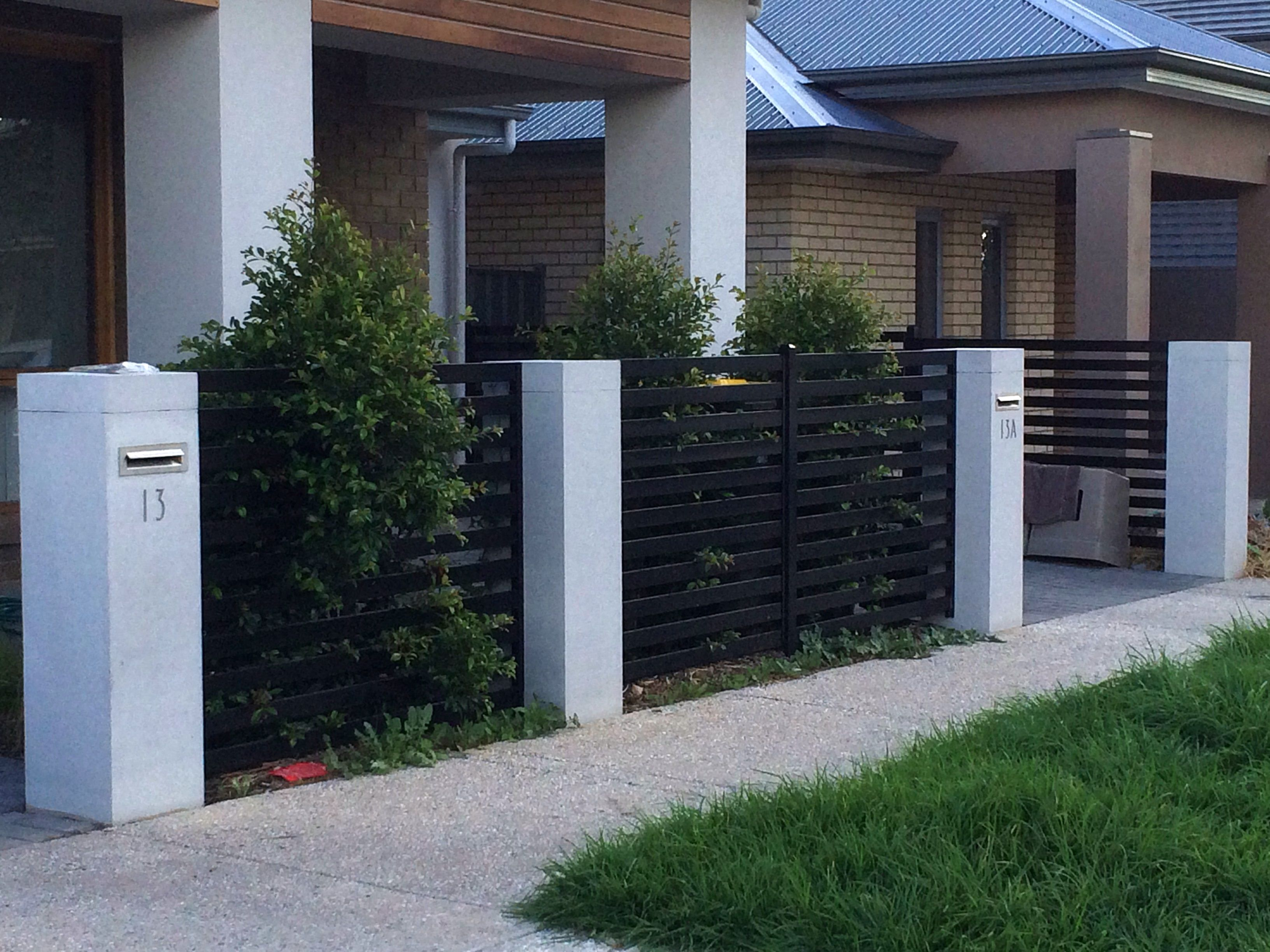 1200mmh Pillar With No Moulding Fence Design Modern Fence