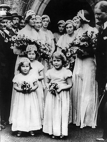 Early life of princess Elizabeth - At the age of 5 the princess is a bridal…