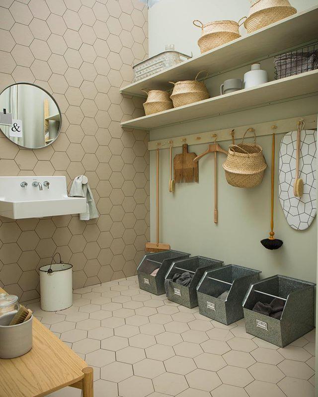 Il locale lavanderia più chic che c'è ! #casafacile20anni styling @studiopepe_official @giandomenicofrassi
