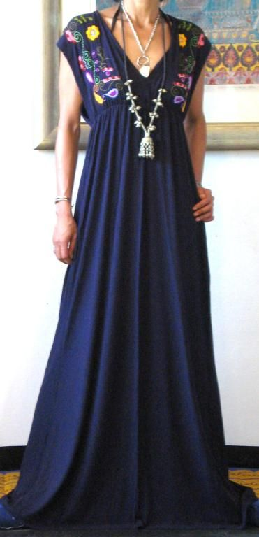 Missethnic Vtg Spandex Embroidered Mexican Boho Maxi Dress