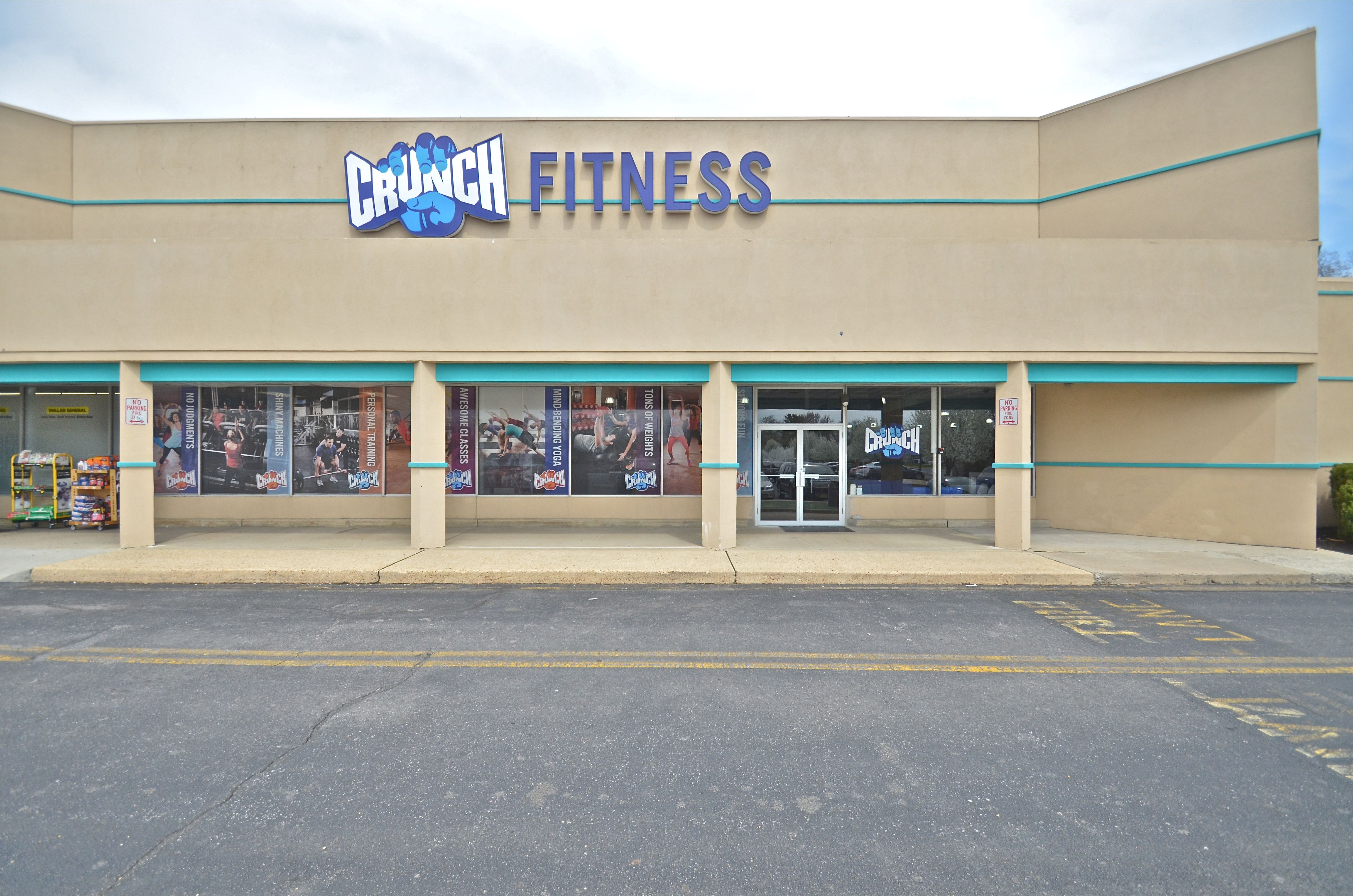 Exterior Of Crunch Fitness Built By Superior Structures Exterior Outdoor Building
