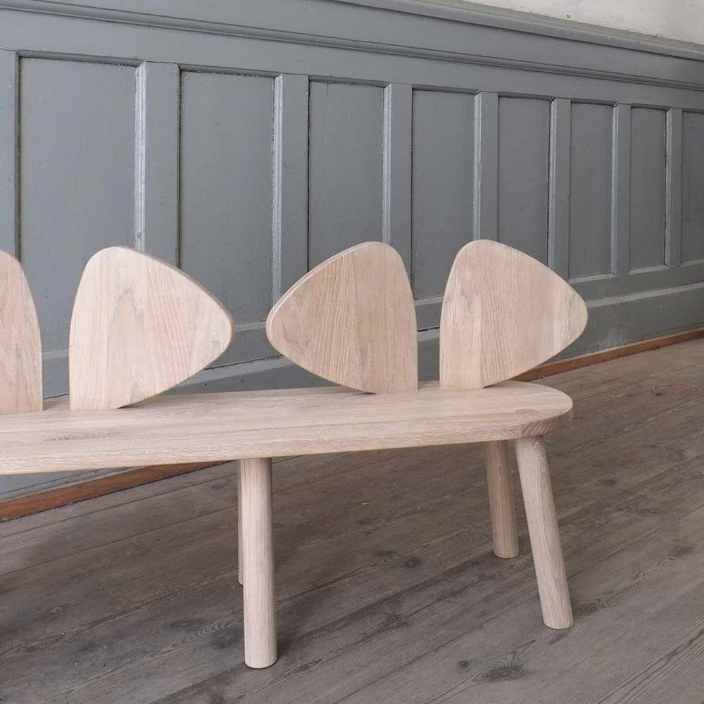 Die Nofred Maus Sitzbank aus Holz in Natur für Kinder ist