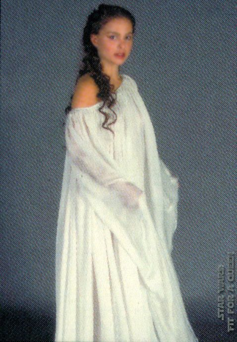 AOTC. Nightgown worn on Coruscant | Fandom Things | Pinterest ...
