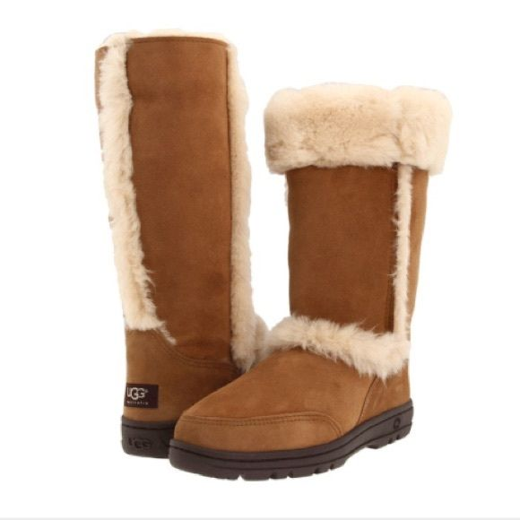 3af8d884430e6c UGGs size w10 Chestnut Sundance fur lined UGG® Australia. Cozy rustic suede  boot. Comfortable and durable