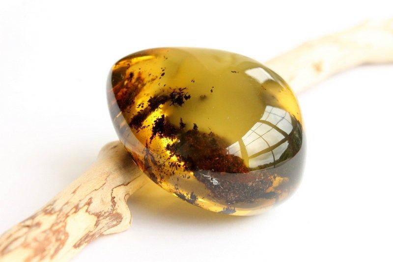 Large Green Amber Stone Mive