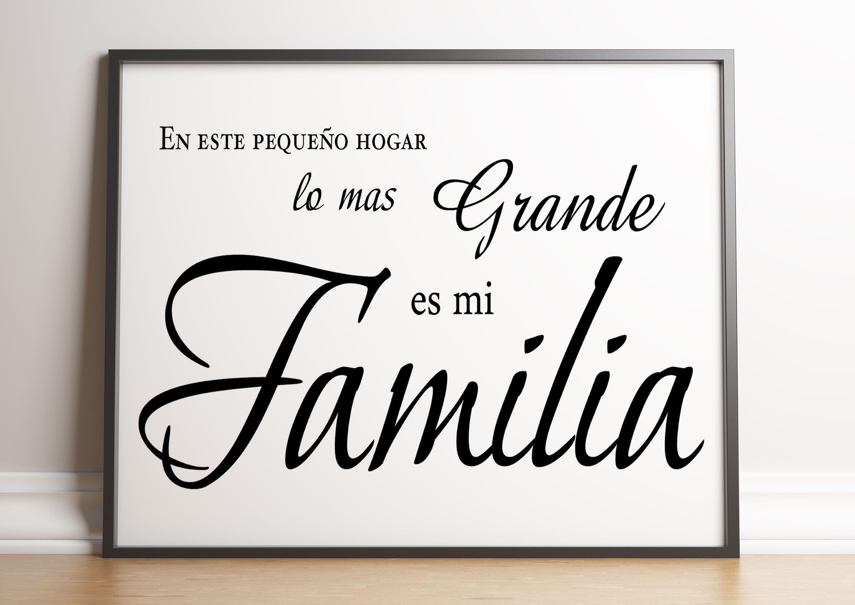 Poster En Este Pequeno Hogar Lo Mas Grande Es Mi Familia