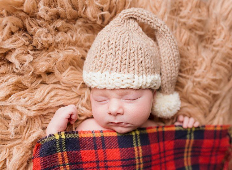 Christmas Elf Hat For Baby Free Knitting Pattern This Fun Christmas