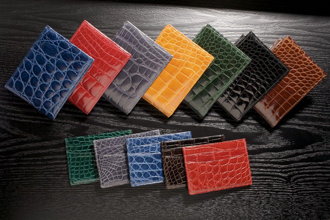 #wallets #cardcases #colors #SpringStyle #Spring #accessories #TrafalgarStore #trafalgarmensaccessories
