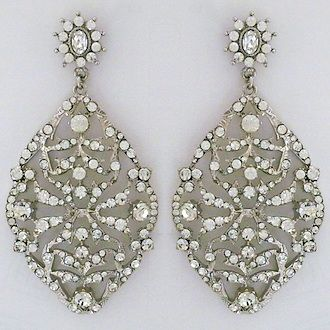Badgley mischka bridal earrings vintage crystal chandelier badgley mischka bridal earrings vintage crystal chandelier wedding earrings that make a statement spectacular mozeypictures Image collections