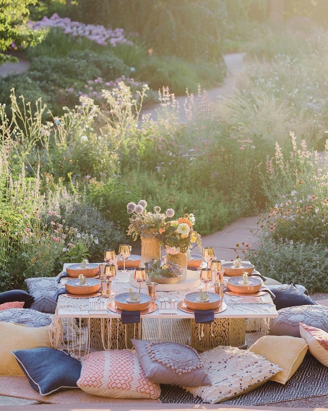 Birthday Table Mountain: Outdoor Parties, Decor, Picnic
