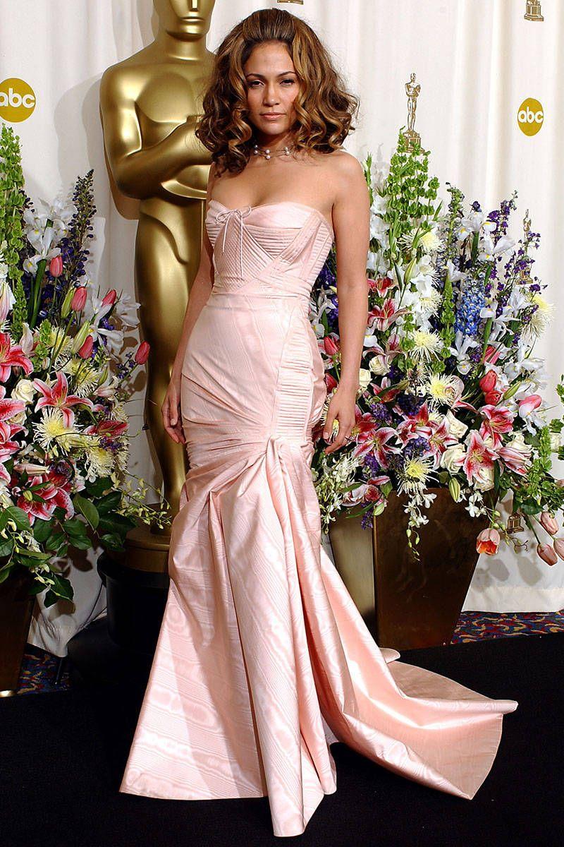 Jlo wedding dress  Best Looks Jennifer Lopez  Voluminous curls Versace gown and Versace