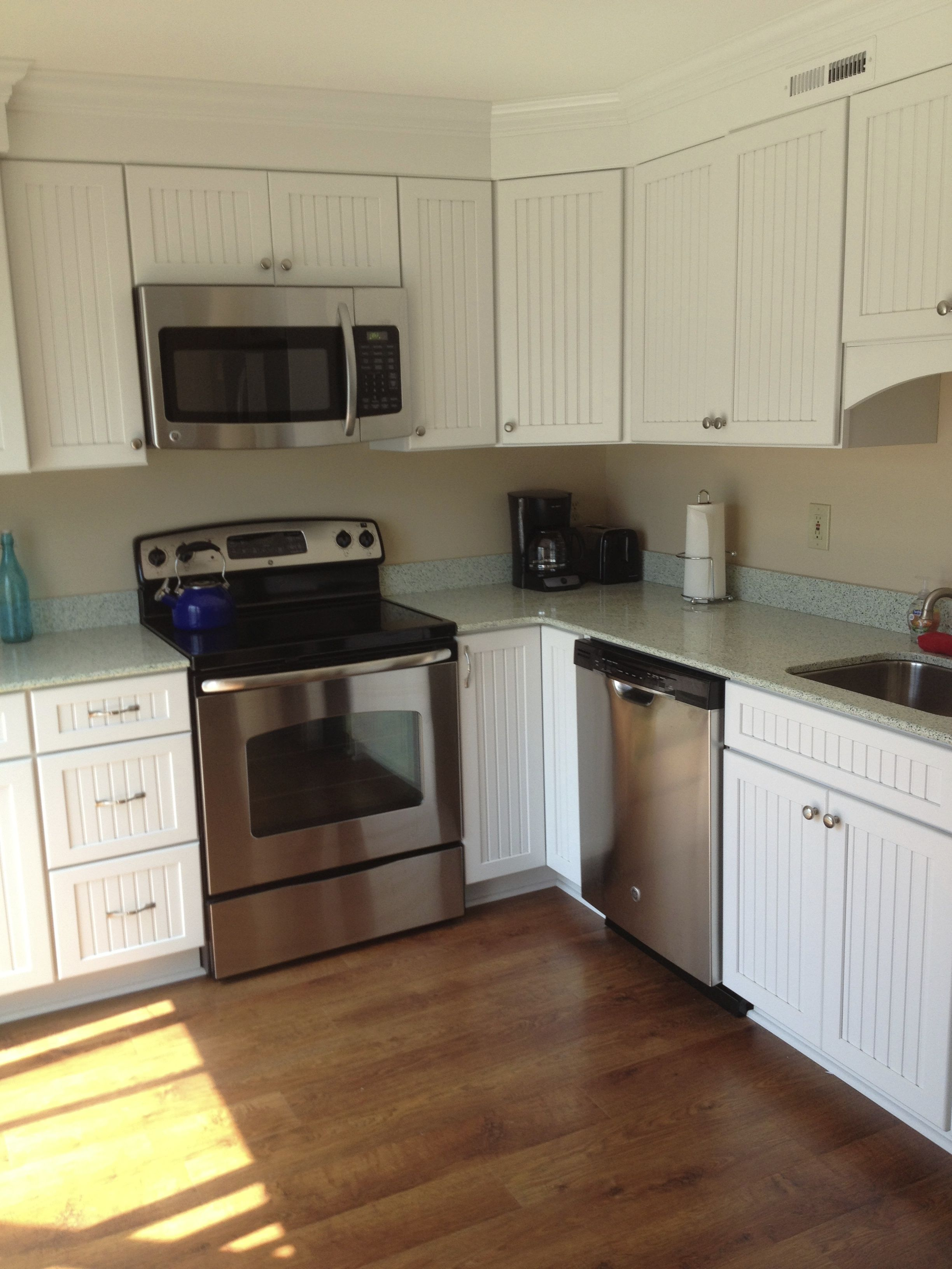 Awesome Kraftmaid Wilmington Cabinets With GEOS Auckland Countertops | Rebuilding |  Pinterest | Countertops