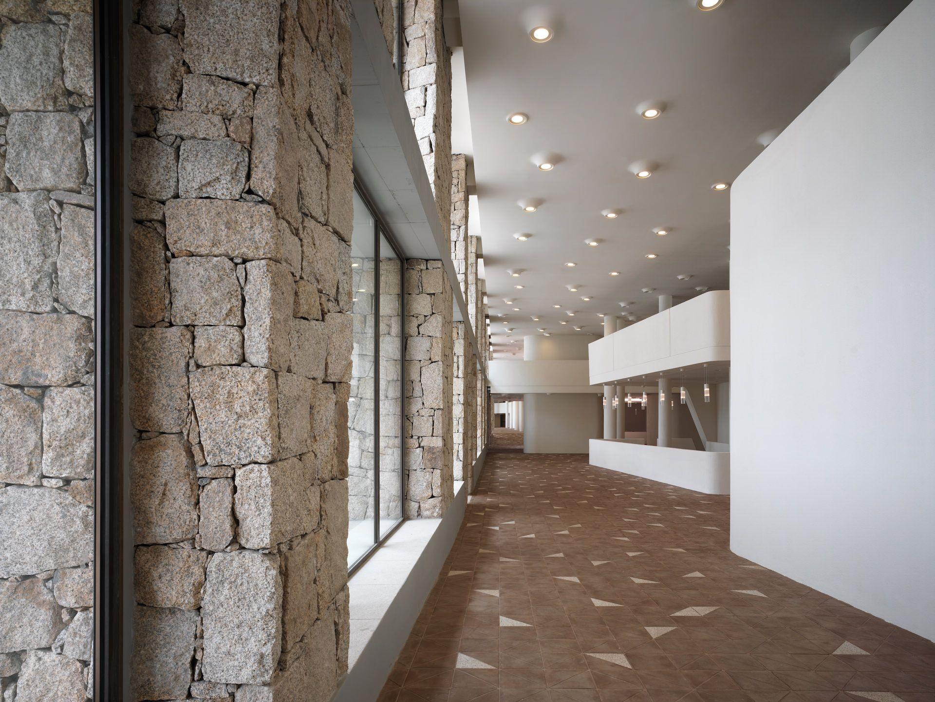 Forte Carlo Felice originates in a former military hospital in La Maddalena.   Project: Studio Archea. Products: Bell, Walkie Talkie Colour, Venere