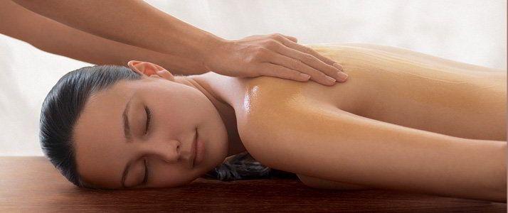 Regal Petals A Renowned Massageparlour  Professional Doorstep Massage Service -3770