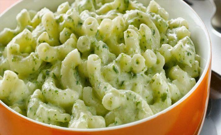 Esta sopa de coditos verdes cremosos les encantan a los niños y grandes, aparte son super nutritivos, no te puedes perder la oportunidad de hacer esta rece