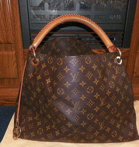 eb481cdd8721 Louis Vuitton Artsy mm Monogram Handbag Tote Authentic