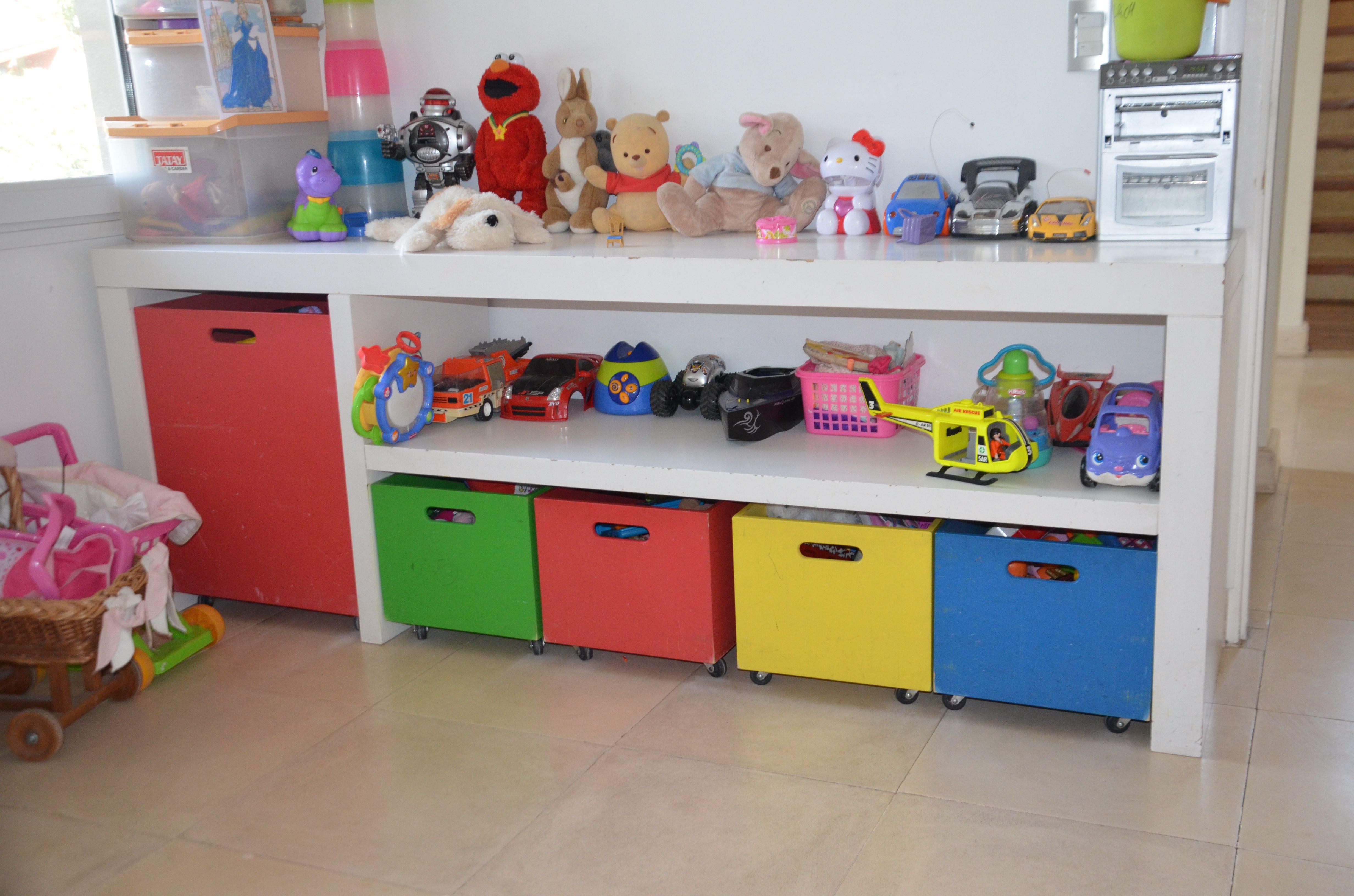Mueble almacenaje juguetes almacenaje hasta el techo - Cajoneras para juguetes ...
