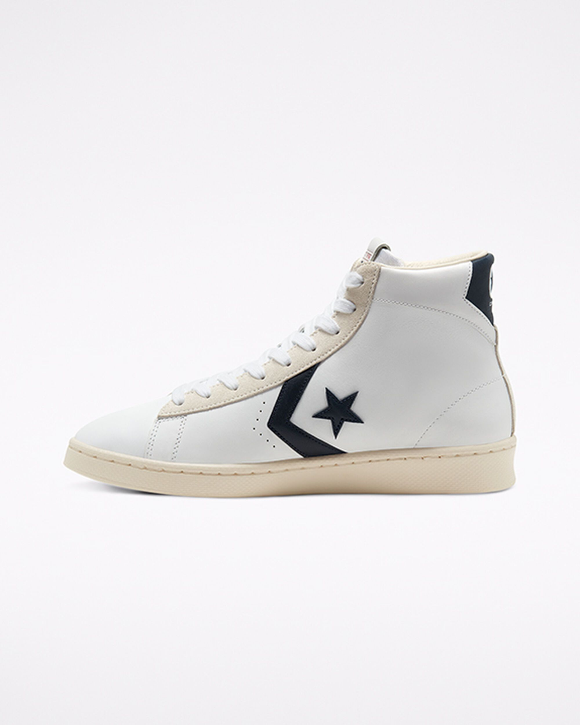 Converse Pro Leather OX Sneaker Weiss F102   Lifestyle