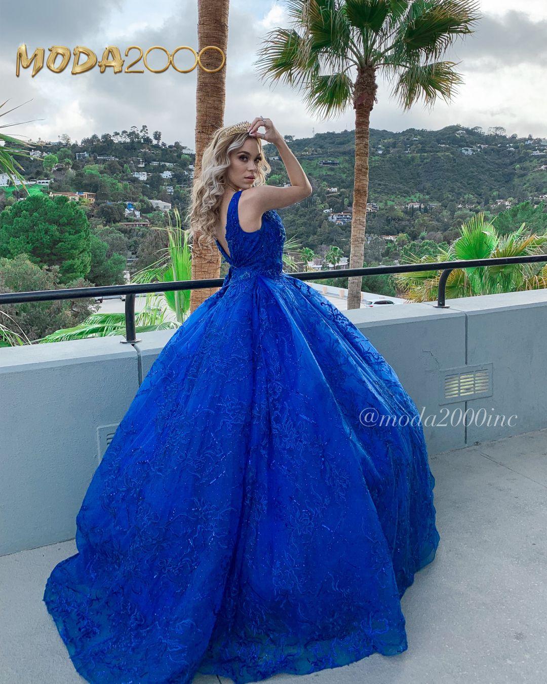 Royal Blue V Neckline Quinceanera Dress Quinceanera Dresses Quinceanera Dresses Blue Pretty Quinceanera Dresses [ 1350 x 1080 Pixel ]