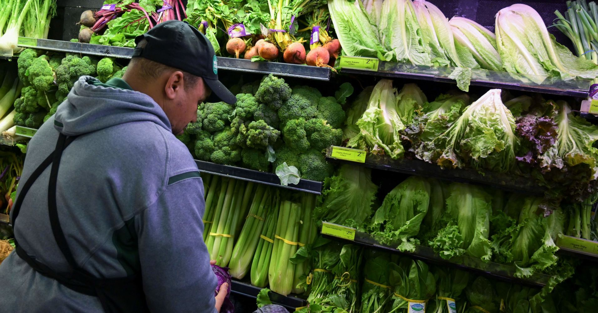 Government shutdown slows FDA inspections, food safety