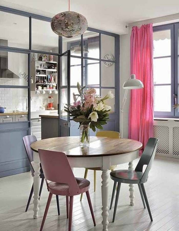 Une verrière intérieure pour une cuisine semi-ouverte   Pink ...