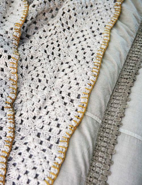 granny blanket. Bonito remate Inspiracion ❥Teresa Restegui http ...