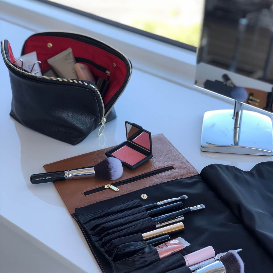 The Best Makeup Bags to Organize Your Cosmetics Kusshi
