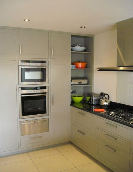 Tall units meeting worktop in corner kitchen pinterest for Tall fitted kitchen unit