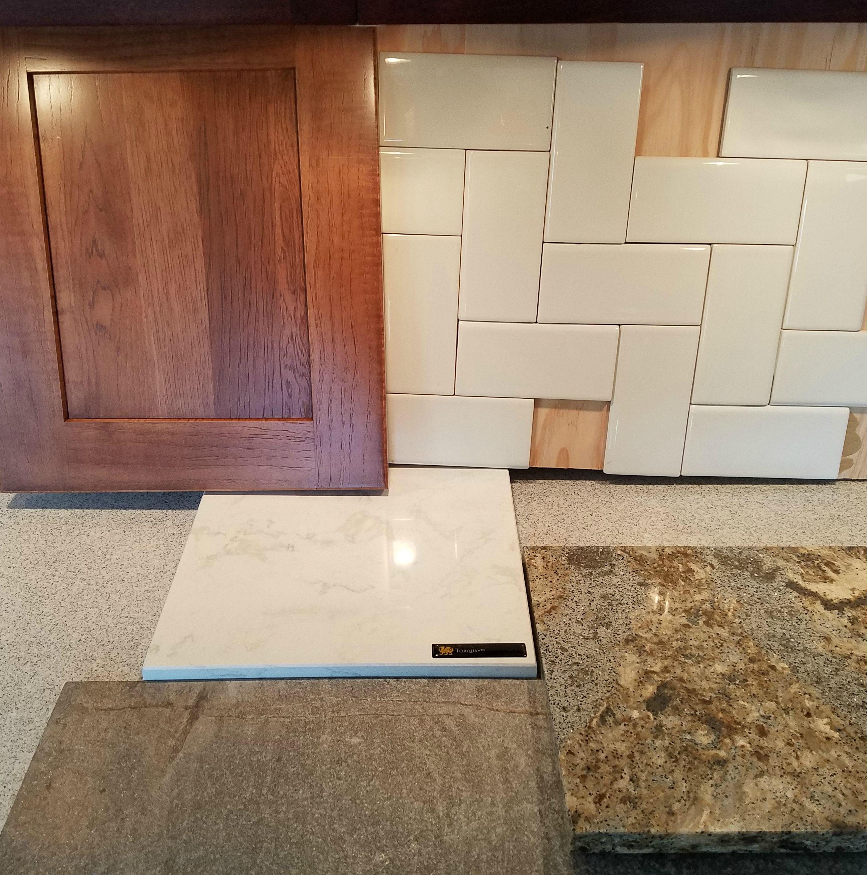Hickory Door Wamaretto Stain, 3X6 Straight Herringbone Backsplash, Cambria Torquay