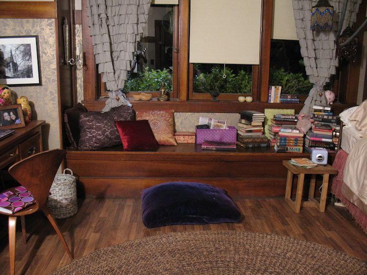 Jugendzimmer Mädchen Ideen Aria Sitzbank am Fenster Bücher #pretty