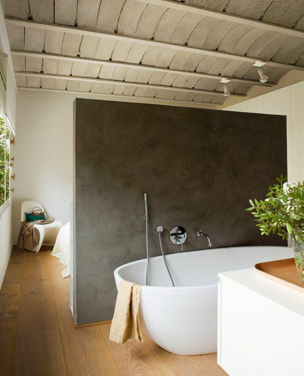 badewanne-freistehend-weiß-graue-wand-holzboden.jpg (600×741 ... | {Badewanne freistehend an wand 25}