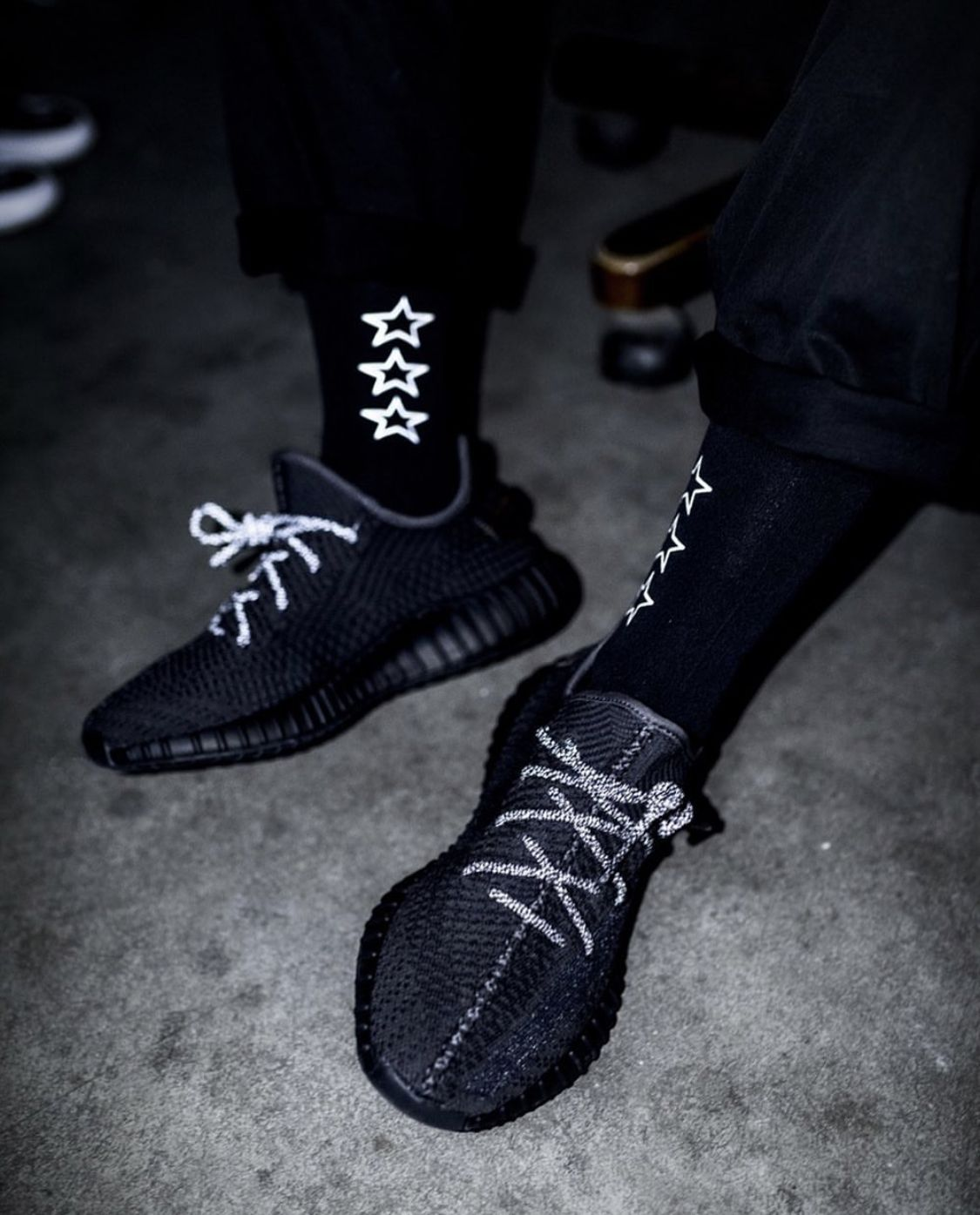 all black static yeezy