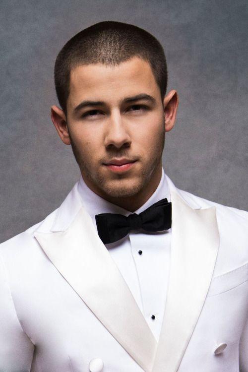 Nick Jonas, rocking a white tux like nobody's business! Follow rickysturn/hot-males