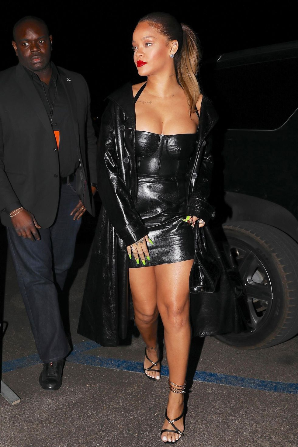 0d06822bfbf93 Rihanna in Blue Tulle Molly Goddard Gown - Rihanna Fashion and Style Photos